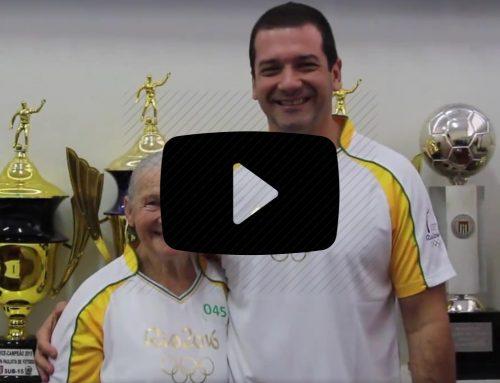 João Pifer homanageia Dona Therezinha