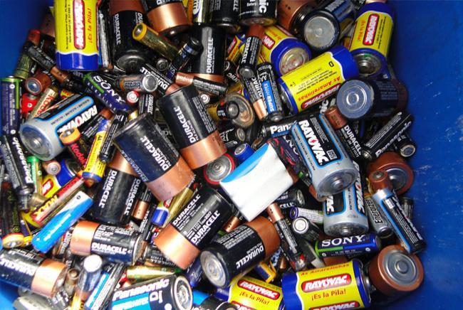 Pilhas e baterias serão recolhidas por alunos (Foto: Divulgação)