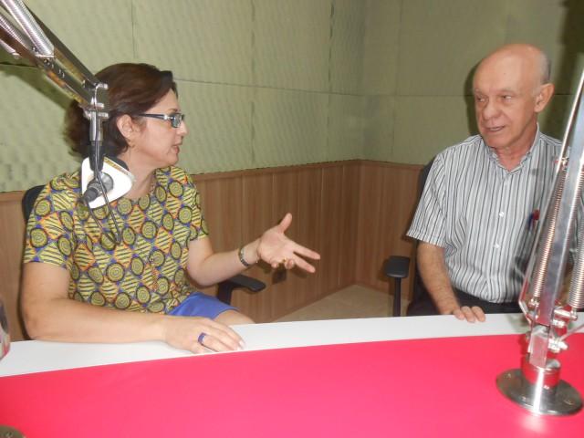 Renata Assirati esteve no estúdio da 101 FM para desmentir 'história' (Foto: Fábio Penariol/Jornal 101)