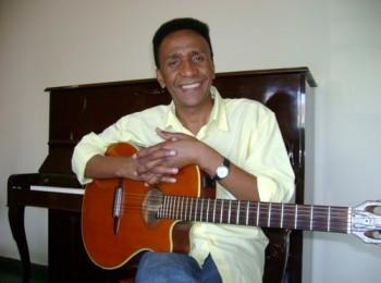 Moacir Camargo se apresenta em Jaboticabal (Foto: Divulgação/Site Amigo Espirita)