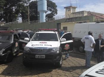 Presos de Jaboticabal estão sendo transferidos para a Cadeia de Pradópolis (Foto: Reginaldo Coelho/Jornal 101)
