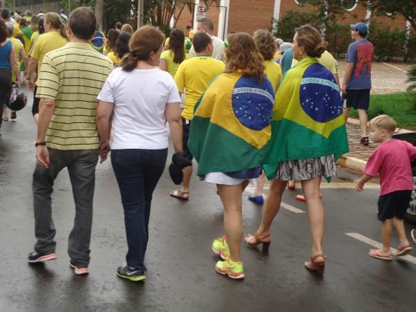 Em Jaboticabal, várias pessoas participaram de movimento há cerca de um ano (Foto: Fábio Penariol/Jornal 101)