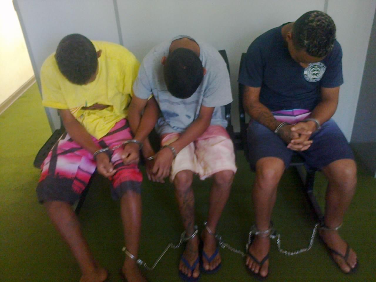 Três dos quatro menores encaminhados para a Fundação Casa (Foto: Reginaldo Coelho/Jornal 101)