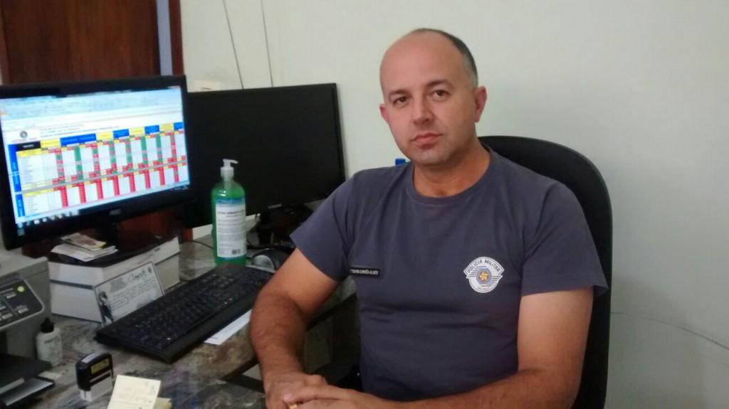 O tenente Correia Alves da PM falou sobre a possibilidade de mudança de local da agência bancária da Prefeitura (Foto: Reginaldo Coelho/Jornal 101)