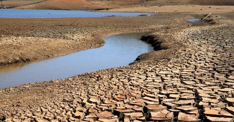 Água é escassa em várias regiões do país (Foto: Divulgação)