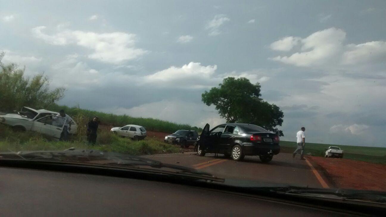 Fato aconteceu na vicinal que liga Jaboticabal à Lusitânia (Foto: Reginaldo Coelho/Jornal 101)