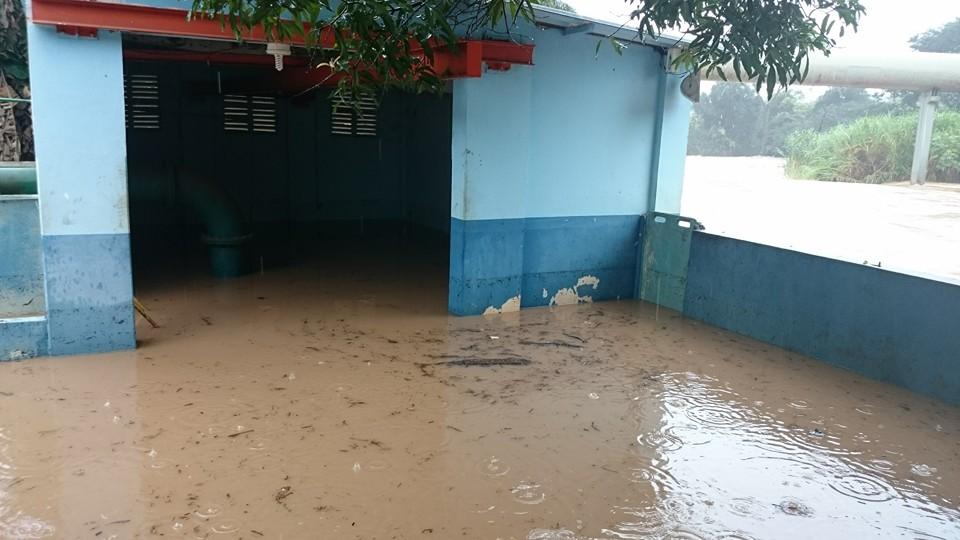 Após a água atingir casa de máquinas na estação, Jaboticabal poderá sofrer desabastecimento (Fotos: Reprodução/Adri Pinto)