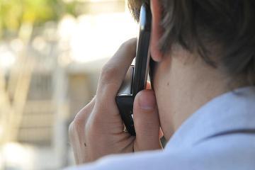 Mulher perdeu R$ 400 ao cair em golpe pelo celular (Foto: Reprodução)