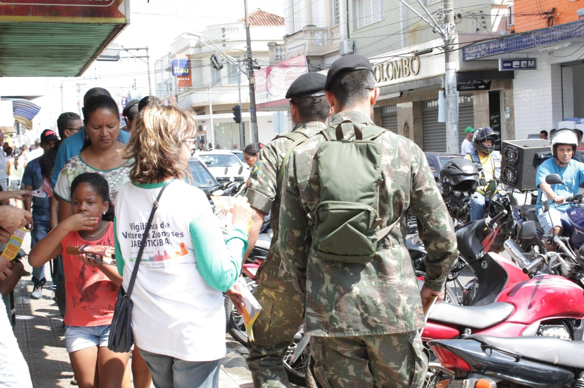 Militares do Exército estiveram em Jaboticabal (Foto: Redes Sociais/Prefeitura de Jaboticabal)