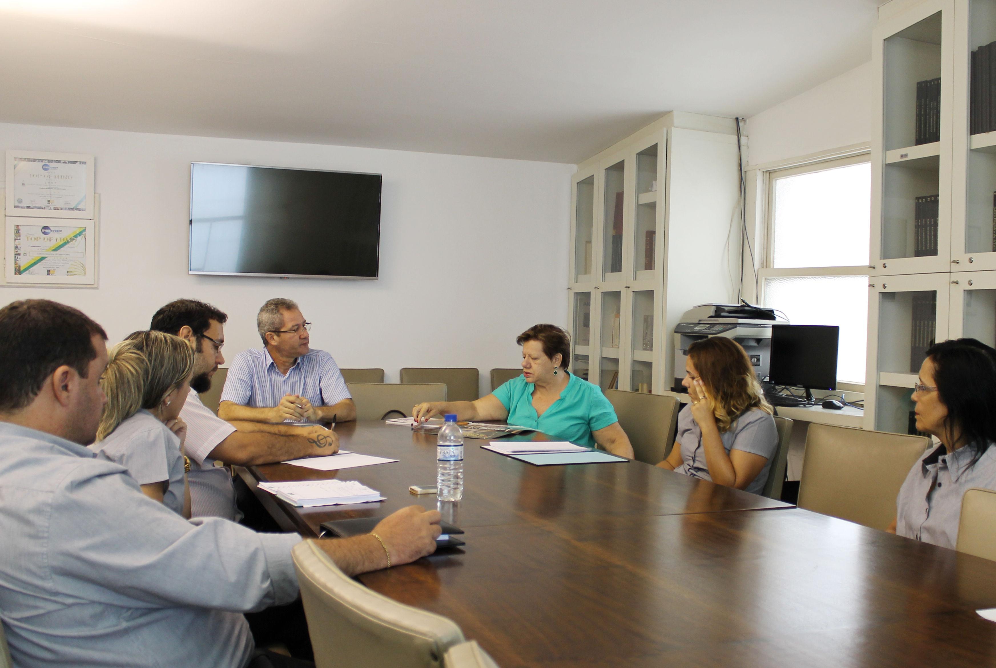 Reunião também definiu próximos passos  em relação ao Parlamento Jovem (Foto: Site da Câmara Municipal de Jaboticabal/Reprodução)