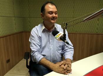 José Carlos Hori, ex-prefeito de Jaboticabal, participou do Jornal 101 (Foto: Fábio Penariol/Jornal 101)