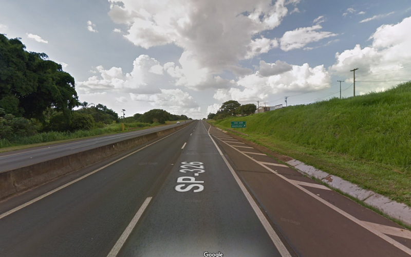 Bandidos furtam motorista que estava abastecendo em posto de combustível às margens da Faria Lima
