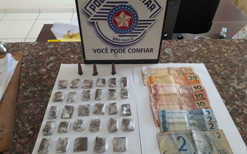Adolescente é apreendido com drogas no Parque Primeiro de Maio