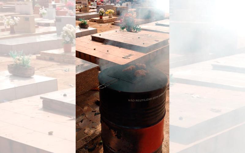 Enquanto governos fecham fronteiras e população está em quarentena, jovens de Jaboticabal fazem churrasco no cemitério