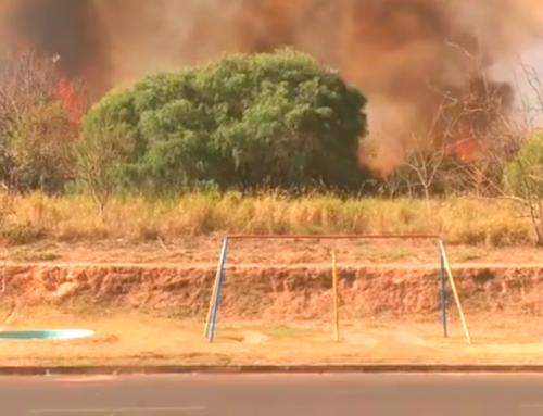 Corpo de Bombeiros de Jaboticabal comenta incêndio de grandes proporções no bairro Residencial