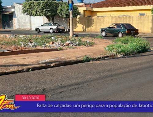 Falta de calçamento em bairros de Jaboticabal, tanto em espaços públicos quanto privados, é tema de quadro do Jornal 101 desta sexta, 30