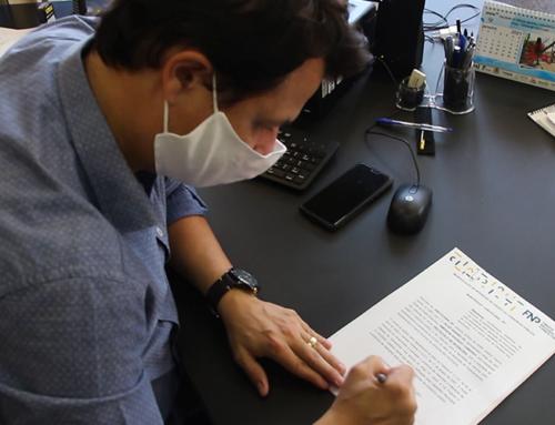 Pela compra de mais vacinas, prefeito Prof. Emerson Camargo assina manifesto de interesse da Federação Nacional de Prefeitos